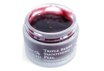 Get a Facial at Home With Our Triple Berry Smoothing Peel!